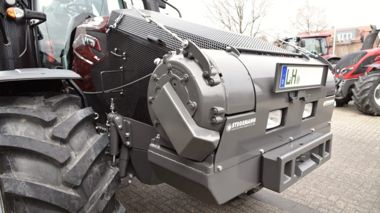 Forstschlepper Valtra T174 Direct