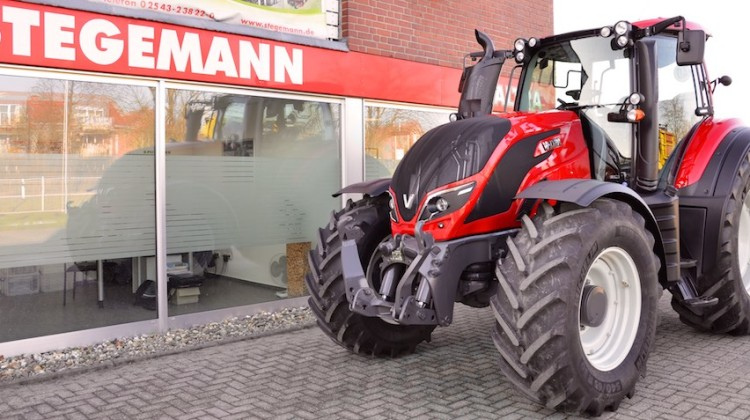 Valtra T144 Active
