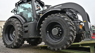 Valtra_T234_Direct