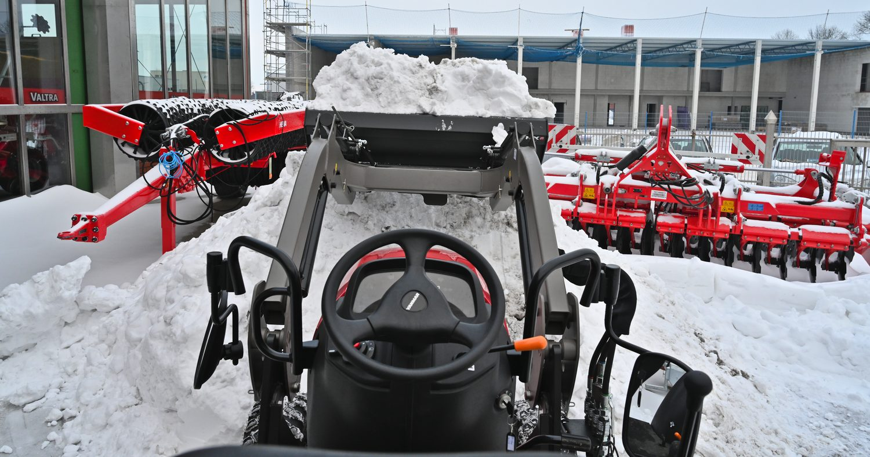 Yanmar-Traktor-Frontlader_0005